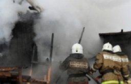 В поселке Корсаково-1 Хабаровского района ликвидировали загорание в деревянном двухквартирном жилом доме