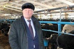 Депутаты посетили сельхозпредприятие «Заря»