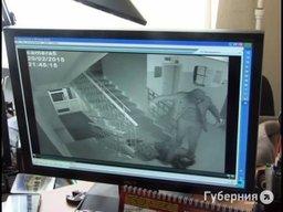 Вынесен приговор жителю Хабаровска, забившему в подъезде бездомного мужчину