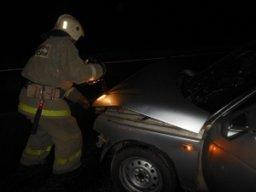 В кратчайшие сроки хабаровским огнеборцам удалось потушить легковой автомобиль на улице Ворошилова