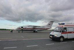 Спецборт МЧС России осуществляет санитарно-авиационную эвакуацию тяжелобольного мальчика из Грозного в Нижний Новгород