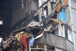 Спасатели демонтировали ещё 4 железобетонные конструкции на месте взрыва бытового газа в Волгограде