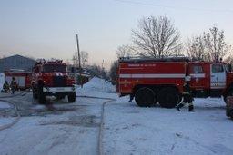 Пожарно-спасательные подразделения ликвидировали открытое горение на складе ГСМ в Хабаровске