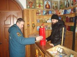 Более 66 тысяч сотрудников МЧС России обеспечат безопасность прихожан храмов в Рождество Христово