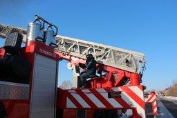 Хабаровские пожарные отработали тренировку по тушению пожаров в жилье