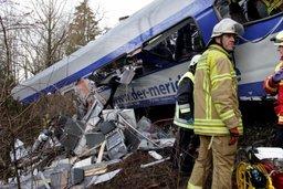 МЧС России предложило помощь Германии в связи со столкновением двух поездов