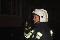 Комсомольские огнеборцы ликвидировали возгорание в подъезде жилого дома