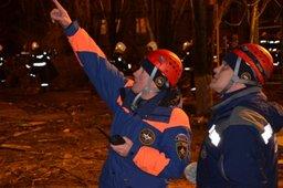 МЧС России наращивает группировку сил и средств на месте взрыва газа в Ярославле