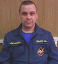 Владимир Пеньков- водитель-пожарный 4 ПСЧ г. Хабаровска посвящает стихи настоящим мужчинам