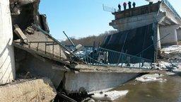 На трассе Владивосток — Находка, в районе поселка Новолитовск, рухнул мост