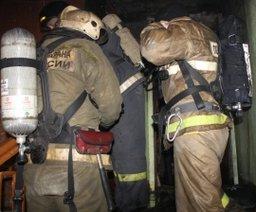В Хабаровске огнеборцы ликвидировали пожар на улице Халтурина