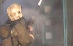 Пожарные ликвидировали загорание деревянного строения на Северном шоссе в Комсомольске