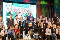 Павел Симигин поздравил победителей зимнего турнира по мини-футболу «Морозко-2016»