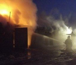 В кратчайшие сроки комсомольские пожарные ликвидировали загорание в гараже по переулку Складскому