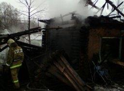 Огнеборцы ликвидировали пожар в деревянной бане в поселке Дружба Хабаровского района