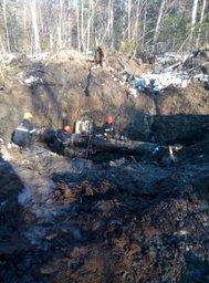 Работы по устранению последствий разлива нефти в Комсомольском районе продолжаются