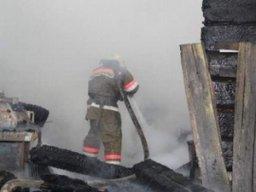 Комсомольские пожарные тушили частную баню в посёлке Майском