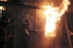 Загорание недостроенного деревянного здания ликвидировали комсомольские огнеборцы