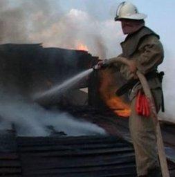 Пожарные подразделения хабаровского гарнизона привлекались для тушения деревянного дома по улице Зейской