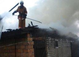 Загорание в кирпичном хозяйственном строении ликвидировали комсомольские огнеборцы