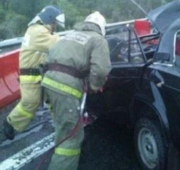 Два расчета пожарной охраны принимали участие в ликвидации последствий ДТП вблизи поселка Чирки