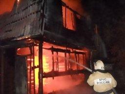 Загорание дачного дома на Хумминском шоссе ликвидировали комсомольские пожарные