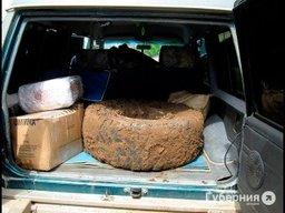 На автодороге Селихино – Николаевск-на-Амуре полицейские нашли в «Ниссан Сафари» более 144 килограммов черной икры