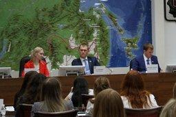 Молодые парламентарии хотят повысить электоральную активность молодежи