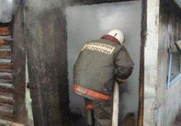 Кухню в частном доме тушили комсомольские пожарные в поселке Пивань