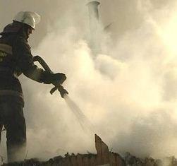 Мансарду частного дома тушили огнеборцы в поселке Корсаково-2 Хабаровского района