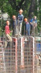 Ударными темпами идет строительство высотки на улице Комсомольской в центре Хабаровска