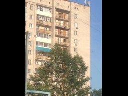 Очевидцы сняли видео самоубиства c 13 этажа в Хабаровске