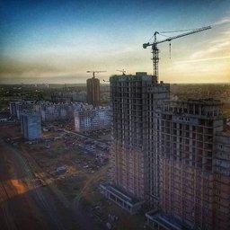 Хабаровский роупджампер Алексей Пыхов покорил очередную хабаровскую высотку - 24 этаж недостроенной новостройки в районе Строитель