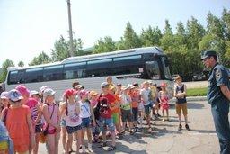 Воспитанники политехнического лицея Хабаровска побывали на экскурсии в Специализированной пожарной спасательной части ФПС по Хабаровскому краю