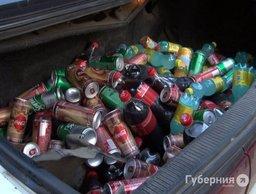 Водитель после досмотра машины в Хабаровске стал подозреваемым в краже газировки
