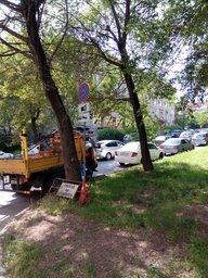 На ул. Запарина с Уссурийского бульвара до Муравьева-Амурского запретили парковку