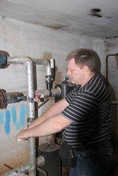 Жилые дома Хабаровска готовят к зиме