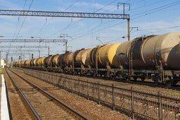 Комсомольчане слили из вагона-цистерны 800 литров топлива