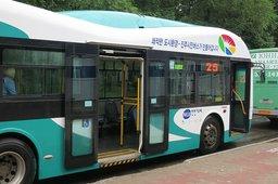 Пять автобусов Hankuk Fiber корейского производства начали ездить по дорогам Хабаровска