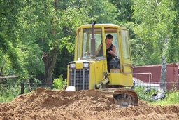 В Краснофлотском районе Хабаровска начался первый этап работ по восстановлению парка Дома офицеров флота