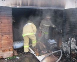 Менее 20 минут потребовалось амурским огнеборцам для ликвидации пожара в гараже