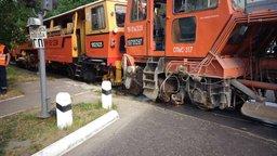(18+) В Комсомольске-на-Амуре молодая девушка бросилась под колеса поезда