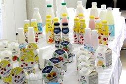 Депутаты Юрий Матвеев и Юрий Минаев побывали на Переяславском молочном заводе