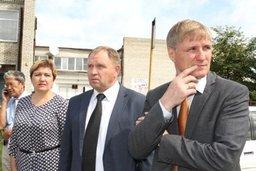 Сергей Луговской ознакомился с ходом реконструкции школы в районе имени Лазо